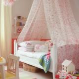 Бело-розовые детские комнаты для девочек