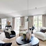 Черный, белый и кремовый: светлый интерьер дома в Швеции + летняя веранда