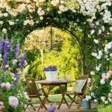 Романтичное цветоводство: идеи садовых арок
