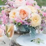 Украшаем стол цветами: 45 идей волшебной, домашней и торжественной сервировки стола