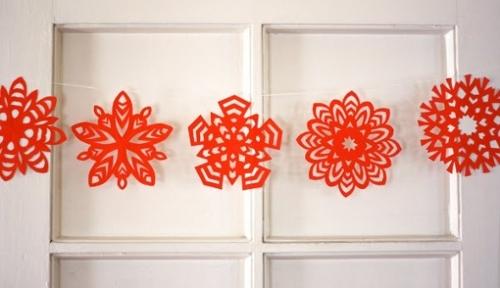 Новогодние гирлянды снежинки своими руками из бумаги