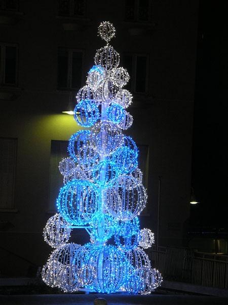 Игрушки на новогоднюю елку на улицу своими руками фото