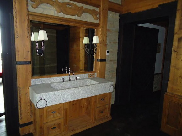 Посмотрим на ванную комнату Медведева