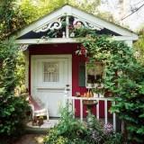 Миниатюрные домики в саду у вас на даче