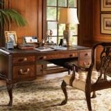 Благородный коричневый в оформлении классического рабочего кабинета дома