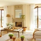 Светлый дом в Испании в белых тонах
