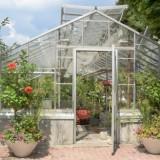 Идея для сада: Нужен ли фундамент для теплицы?