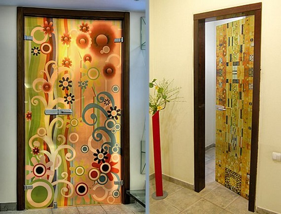 как украсить входную дверь