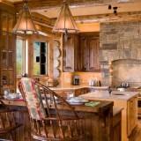 Интерьер кухни в деревянном стиле