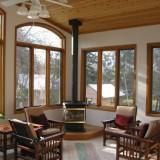 Как быстро и правильно покрасить деревянные окна?