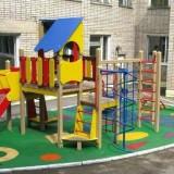 Особенности покрытия для детских площадок из резиновой крошки