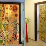 Двери в квартире. Как разнообразить отделку