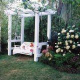Садовые качели: идеи для отдыха на даче
