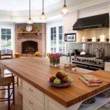 Дымоходы и камины на кухне