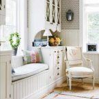 Уютно и светло: обустраиваем место для отдыха в оконной нише